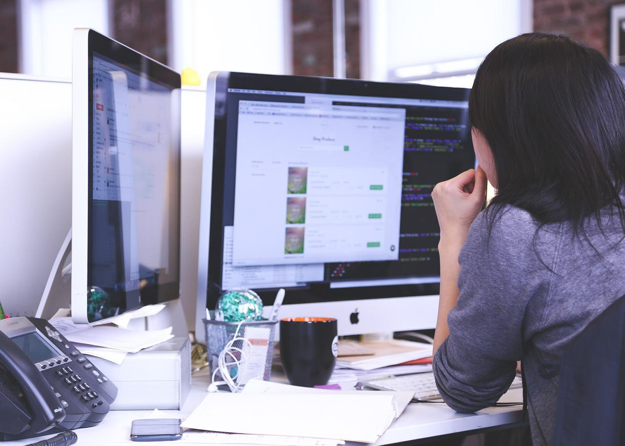 Reflecting on Challenges Faced by Female Developers